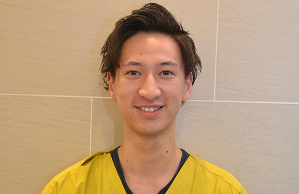 歯科医師 大坂勇人