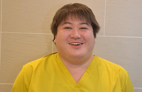 歯科医師 山崎達矢